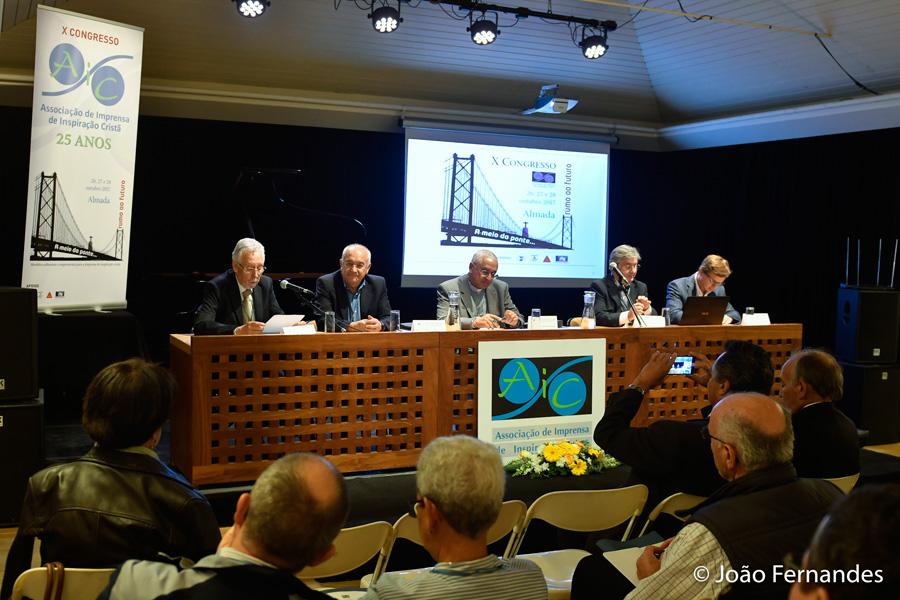 Conclusões do X Congresso da Associação de Imprensa de Inspiração Cristã (AIC)